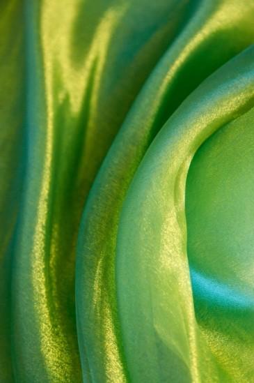 Органза зеленый